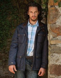 Fashion Menswear, Mens Fashion, Quilted Jacket, Gorgeous Men, Gifts For Dad, Competition Giveaway, Men's Jacket, Running, Navy
