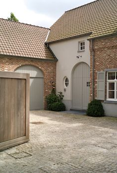 The Paper Mulberry: Exterior Paint Shades - Chalky hues of French Grey - Gray with Brick