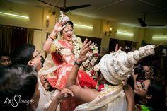 DJ wale babu anyone? #thevisualstorytellers #photography #wedding  #creative #weddings #pioneers #pinterest #perfect #urbiwedsarka #amazing #beautiful #Prewedding #photography #photoshoot #kolkata #siliguri #inspiration #canon #india #timeless #moments @wedmegood @weddingsutra