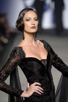 Black lace gown for Raffaella Curiel Couture #FCM #Fashion