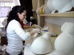 How to make a pregnancy bellycast? Have a look at this video how the germans are doing it :-)