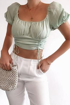 Cute Casual Outfits, Short Outfits, Stylish Outfits, Summer Crop Top Outfits, Summer Shorts, Teen Fashion Outfits, Fashion Clothes, Aesthetic Clothes, Crop Tops
