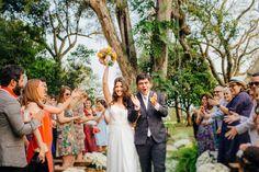 Casamento emocionante feito pelos noivos – Carol e Tato http://lapisdenoiva.com/casamento-feito-pelos-noivos-carol-e-tato/ Foto: Moyra e Tiago