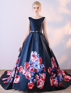 Ball Gown Scoop Neck Court Train Satin Chiffon Formal Evening Dress with Pattern / Print by Embroidered Bridal