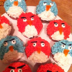 Angry Birds cupcakes!
