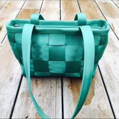 Harvey's Teal Seat Belt Handbag Brand new, used once! Ships Immediately! Coach Bags Shoulder Bags