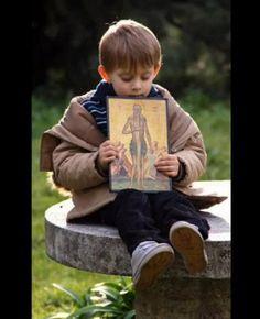 Ce-o sa ma fac cand voi mare fii? / Co mam byc, kiedy dorośniesz? Prayer For Family, Kids Laughing, Christian Families, Orthodox Christianity, Catholic Art, When I Grow Up, Growing Up, Religion, Childhood