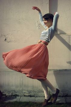 high waisted vintage skirts paired with anything...bliss.