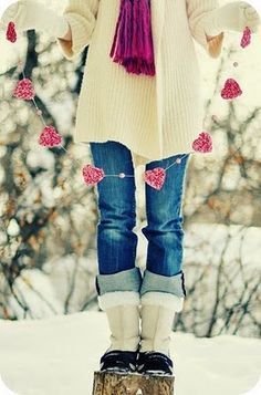 snow & hearts [and cute rolled up jeans over big clumpy boots]...this just can't get any cuter!