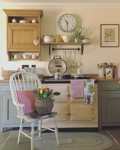 Home Decoration Accessories Beautiful Kitchens, Beautiful Interiors, Cool Kitchens, Aga Kitchen, Kitchen Redo, Kitchen Ideas, Cream Aga, Cottage Kitchens, Country Kitchens