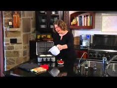 whatch the video and see some of the things you can cook on the cuisinart gr 4n 5 1 griddler.