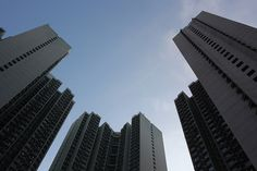 Tseung Kwan O Flickr  #TwitterTuesday #LowAngle #lookup #flickr https://www.flickr.com/photo.gne?rb=1&short=CmSaDf