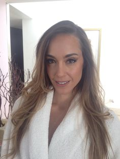 Our girl, Oli Peralta, en un Hair and Makeup AM por nuestra glammer María Hoyos.