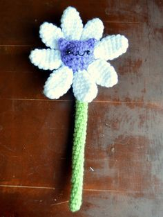 Crochet Amigurumi Cat Flower PDF Pattern by PopsDeMilk on Etsy, $3.00