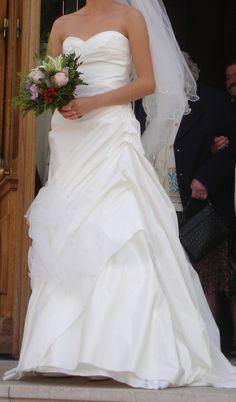 Robe de mariée blanc cassé d'occasion à Paris