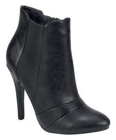 Black Gabriella Boot