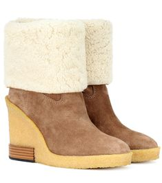 13816d245c99 Suede wedge ankle boots