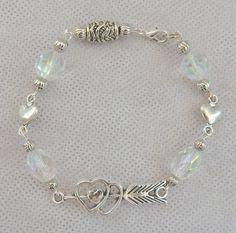 Silver Hearts & Arrow Link Bracelet Jewelry Handmade NEW Accessories Beaded #Handmade #BeadedChain