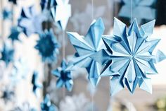 Diy And Crafts, Crafts For Kids, Paper Crafts, Paper Snowflakes, Origami Easy, Vintage Photos, Paper Art, Christmas Decorations, Xmas