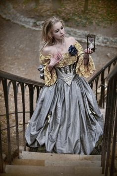 """Steampunk"" ball gown, but really I like the contrast of colours and how it looks a bit Labyrinthian Art Steampunk, Mode Alternative, Mode Glamour, Fairytale Fashion, Fairytale Dress, Victorian Goth, Fantasy Photography, Fantasy Costumes, Fantasy Dress"