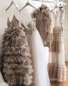 Haute Couture Gowns that inspires Couture Fashion, Fashion Show, Fashion Outfits, Fashion Tips, Fashion Fashion, Luxury Fashion, Travel Fashion, Fashion Quotes, Fashion Styles