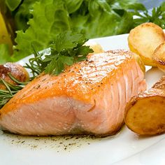 Healthy dinner idea: Salmon, Roasted Potatoes and Garlic Spinach