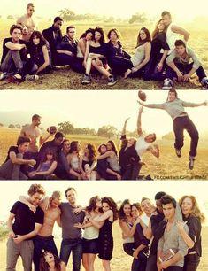 "the cast of ""Twilight"""