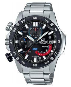 Casio Edifice chronograaf herenhorloge EFR-558DB-1AVUEF. Prachtig, stoer horloge uitgevoerd met de kroon aan de linkerzijde van het horloge. Ook de chronograaf-knoppen zijn links georienteerd. De stalen band en de kast zijn zilverkleurig en de brezel is zwart met cijfers. Zowel de index als de wijzers hebben een fluorescerende laag en lichten in het donker op. De kroon wordt door de speciale vormgeving van de kast tegen stoten beschermd. De chronograaf kan meten in seconden tot maximaal 60…