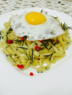 Pallavizza: Fettuccine with garlic, rosemary, and olive oil, t...