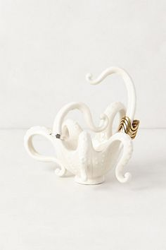 octopus ring holder.