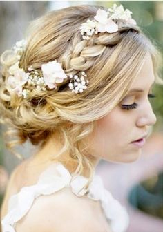 Wedding hairstyles, are you looking to steal the show? These are not your mother's wedding day hairstyles! Come on in, and check out these beautiful bridal hairstyles now