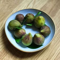 This time of the year End Of Summer, Time Of The Year, Figs, Sprouts, About Me Blog, Fruit, Vegetables, Vegetable Recipes, Veggies