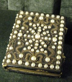 14 Pearl-Encrusted Prayer Book