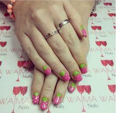 17 Fruit Nails - Beautiful pink berries.