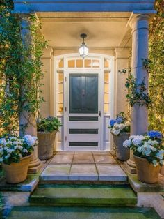 Privacy Please - Jennifer Lawrence Buys Jessica Simpson's Beverly Hills Home - Photos