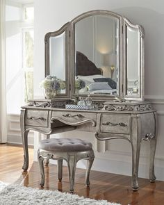 Shop Bella Terra Vanity Stool at Horchow, where you'll find new lower shipping on hundreds of home furnishings and gifts. Pulaski Furniture, Bedroom Furniture, Bedroom Decor, Bedroom Dressers, Gray Bedroom, Bedroom Ideas, Furniture Vanity, Bedroom Wardrobe, Furniture Dolly
