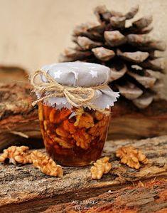 de la Mejika: Ořechy v medu Kefir, Garlic, Stuffed Mushrooms, Vegetables, Food, Stuff Mushrooms, Essen, Vegetable Recipes, Meals