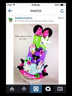Bright Minnie Mouse and Daisy Duck cake