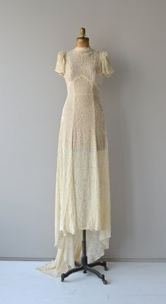 Delphine+wedding+gown++1930s+silk+velvet+wedding+by+DearGolden