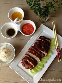 Eat Your Heart Out: Recipe: Crispy-skin Chinese Roast Duck 烤鸭 Chinese Roast Duck, Chinese Chicken Wings, Traditional Chinese Food, Asian Food Channel, Plum Sauce, Almond Chicken, Braised Chicken, Peking Chicken, Good Roasts