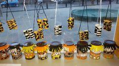 Afrikaanse trommels + verrekijkers.
