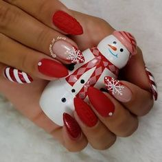 50 Winter Nail Art Designs 2019 These trendy Nails ideas would gain you amazing compliments. Check out our gallery for more ideas these are trendy this year. Nail Art Designs, Holiday Nail Designs, Winter Nail Designs, Cute Christmas Nails, Xmas Nails, Holiday Nails, Simple Christmas, Winter Nail Art, Winter Nails
