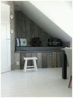 Sweet idea for a child& room or loft with a slope - Sweet idea for a child& room or loft with a slope - Small Room Bedroom, Cozy Bedroom, Small Rooms, Kids Bedroom, Interior Design Living Room, Living Room Decor, Small Space Interior Design, Loft Design, Dream Rooms
