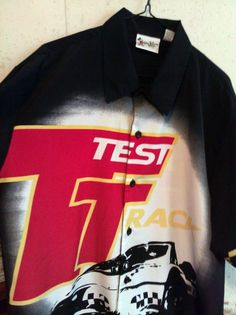Mens size Medium.  Starting bid of $24.99.   Excellent used condition.  Take a look!!!