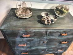 Annie Sloan, Decorative Boxes, Lifestyle, Antiques, Creative, Furniture, Home Decor, Repurpose, Antiquities