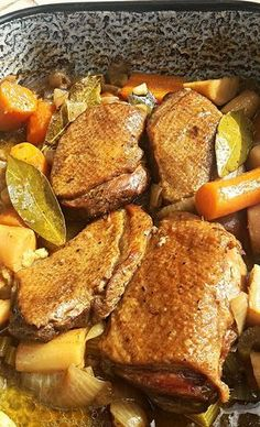 Tepsiben sült vadas kacsamell Hungarian Recipes, Hungarian Food, Pot Roast, Meat Recipes, Food And Drink, Menu, Breakfast, Ethnic Recipes, Meals