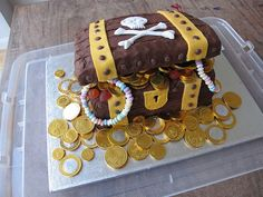 Treasure Chest, birthday cake | Made by woody (with a bit of… | Flickr