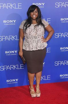 STYLISH CURVES: AMBER RILEY AT THE SPARKLE MOVIE SCREENING