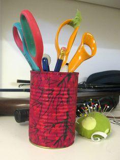 Sokkiksen räpellykset: askartelu Tin can, pencil holder, diy Pencil Holder, Knife Block, Tin, Canning, Pencil Holders, Pewter, Home Canning, Pen Holders, Conservation