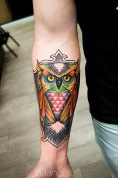 An Owl, part of the geometric sleeve